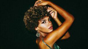 cabelo afro feminino